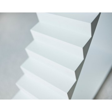 stairs for the dollhouse WHITE